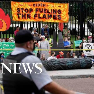 White House protest, Queen Elizabeth, Columbus protest: World in Photos, Oct. 12