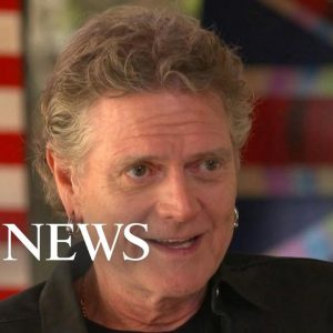 Drummer Rick Allen, who lost his left arm in an accident, turns to painting